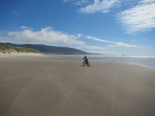 Mountainbiken am Strand