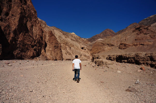 Death Valley National Park - Trail zur Natural Bridge