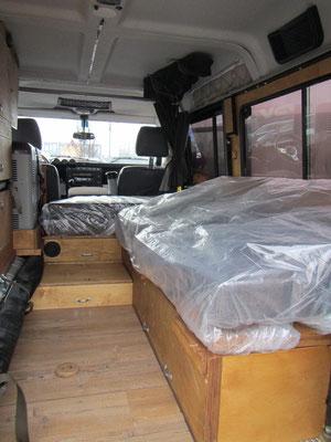 Schutzfolien für die Sitzbezüge im Innenraum