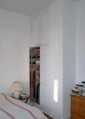 Einbauschrank; Buche, Birke-Multiplex; geölt, lackiert