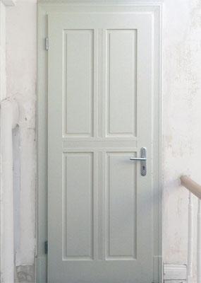 Zimmertür, Kiefer, lackiert