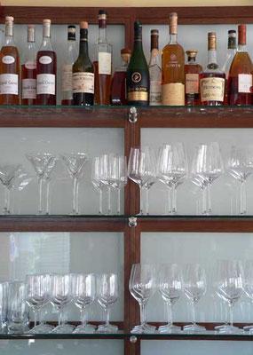 Regal-Hintertresen; Eiche, Glas; geräuchert; geölt