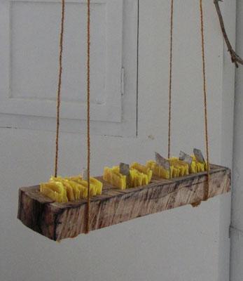 Erinnerungsspuren 1, 2009, Holz, Bienenwachs, Blei, Hanfseil, 50x20x18