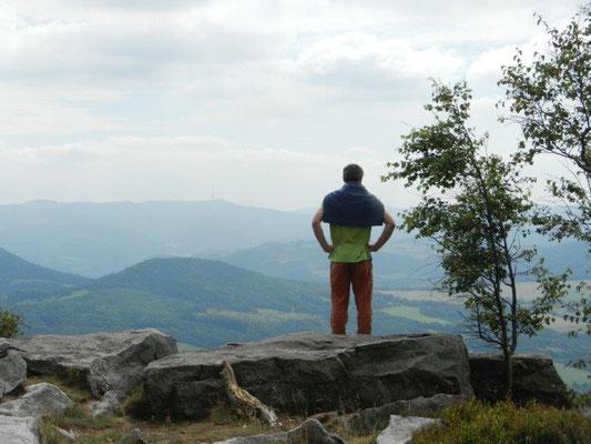 Ausblick vom Hohen Schneeberg über das Böhmische Becken