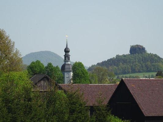 Die kleine Bauernbarockkirche.....