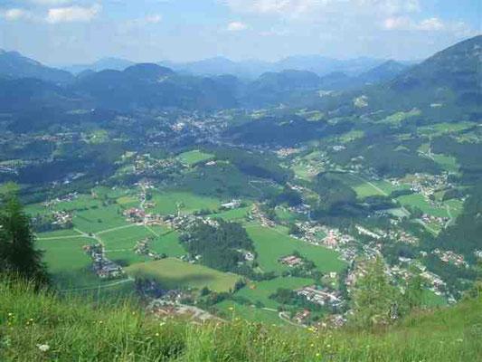 Blick vom Grünstein auf Schönau und Berchtesgaden