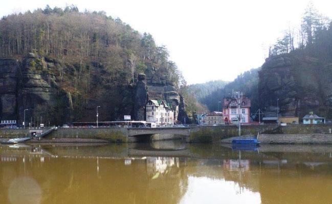 Das kleine Dorf Hřensko ist der tiefsgelegene Ort Tschechiens und regelmäßig Opfer des Elbehochwassers.
