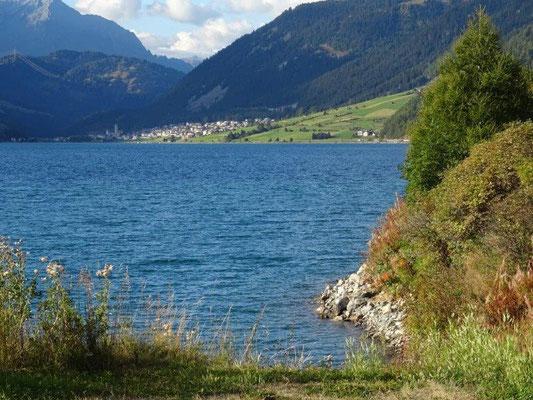 Blick über den Reschensee