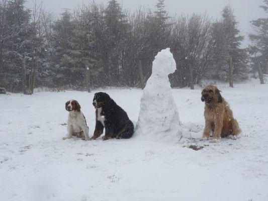 Lilly, Vreni, Nepomuk und ..... der Schneemann :-)
