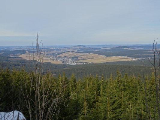 Blick vom Amtsfelsen über das Erzgebirge
