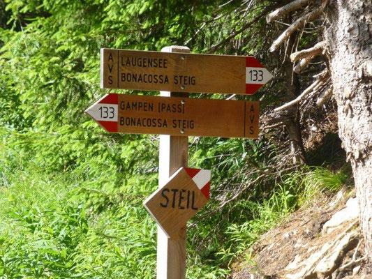 """Wenn die Südtiroler """"steil"""" an ihre Wegweiser schreiben, dann ist es wirklich steil :-)"""