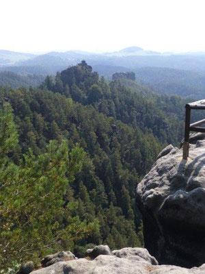 Ausblick über die Dittersbacher Felsen