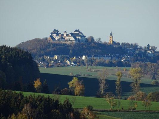 Blick von Stolzenhain zur Augustusburg