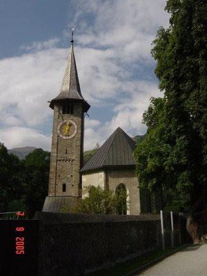 Die kleine Kirche in Thusis sollte man sich unbedingt anschauen.