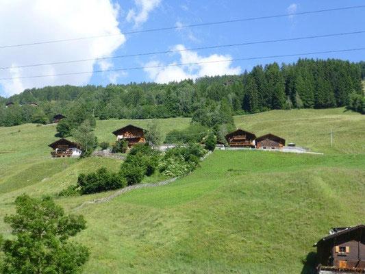 Typische Bauernhäuser im Ultental