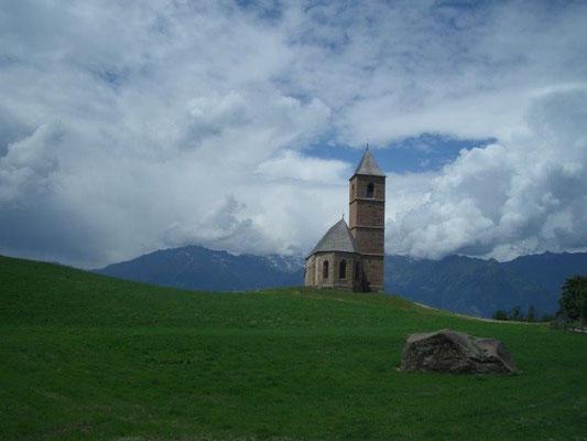 Kirche bei Hafling