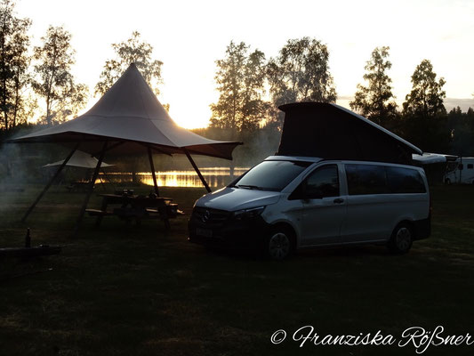 Abend auf dem kleinen Naturcampingplatz Bergslagsgården
