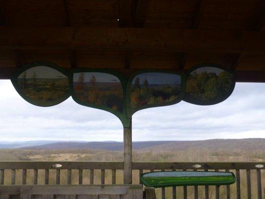 Vom Aussichtsturm kann man den Blick weit übers Land schweifen lassen.