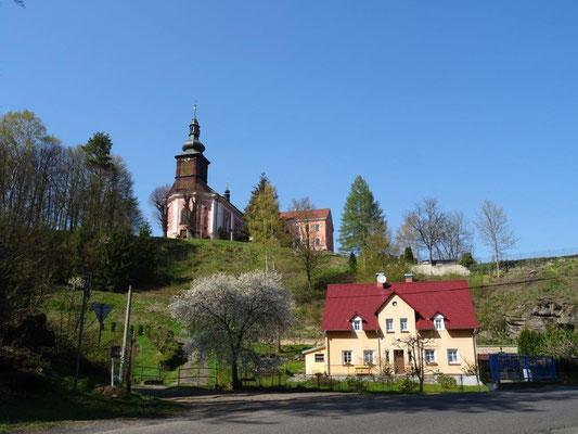 Kirche von Srbská Kamenice