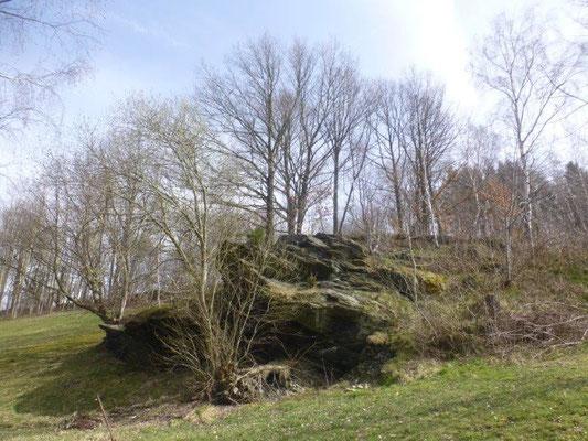 Typisches Gestein im Erzgebirge