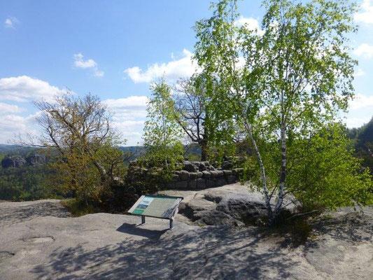Auf dem Winterstein, auch hinteres Raubschloß genannt, kann man heute noch Reste einer mittelalterlichen Burganlage bestaunen.