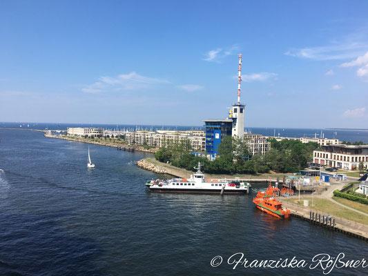 Ausfahrt aus dem Rostocker Hafen