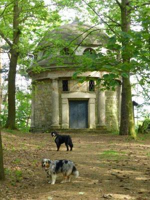 Das Mausoleum bei Thürmsdorf