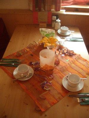 Anläßlich von Senta's 12. Geburtstag war der Frühstückstisch im Ferienhaus Tirol festlich geschmückt