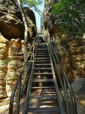 Lange Gittertreppe auf dem Rauensteingratweg