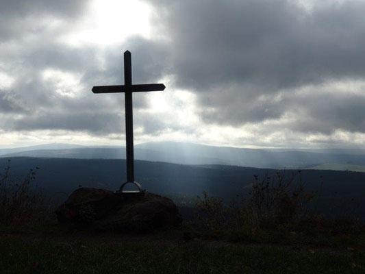 Kleines Gipfelkreuz auf dem Bärenstein