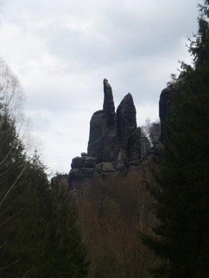 Blick vom unteren Affensteinweg zur bizarren Brosinnadel