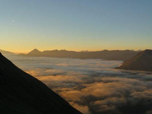 Morgengrauen an der Sajathütte