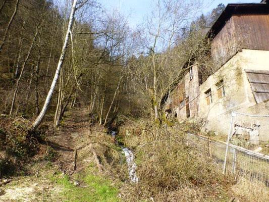 Die Ehemalige Gelobtbachmühle ist heute leider nur noch eine Ruine.