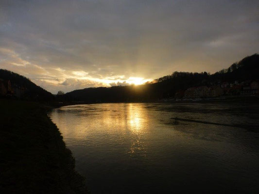 Sonnenuntergang bei Wehlen