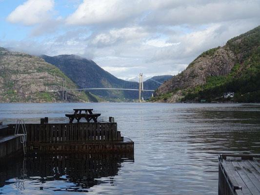 Nach dem Regen kommt die Sonne - am Lysefjord bei Forsand