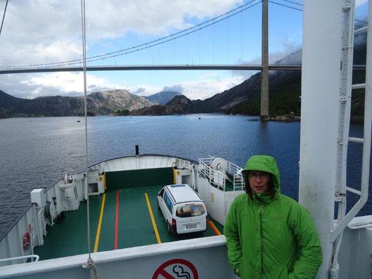 Auf der Fähre durch den Lysefjord