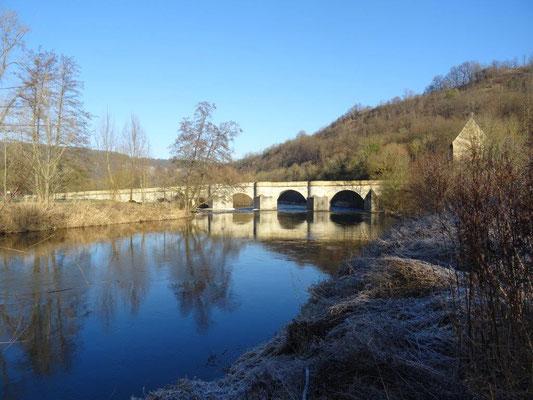 Die Werrabrücke aus dem Jahre 1225 ist die älteste erhaltene Natursteinbrücke in den neuen Bundesländern