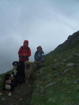 Regen und Nebel auf dem Weg zur Sajathütte