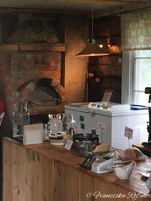 Das kleine Café in Grövelsjön wird von Beate, einer deutschen Auswanderin bewirtschaftet