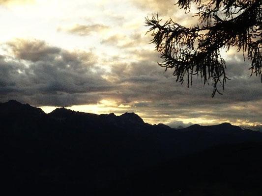 Abendstimmung über den Sarntaler Alpen