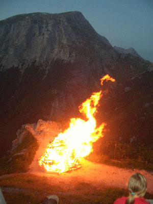 Bergfeuer auf dem Jenner