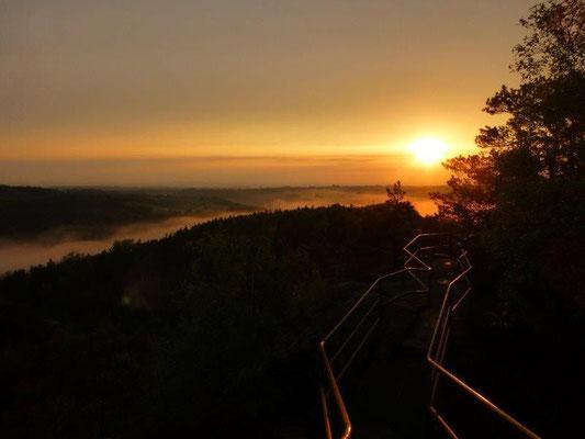 Sonnenuntergang am Rauenstein