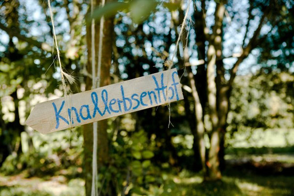 © Knallerbsenhof