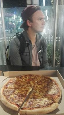 Nächtliche Pizza