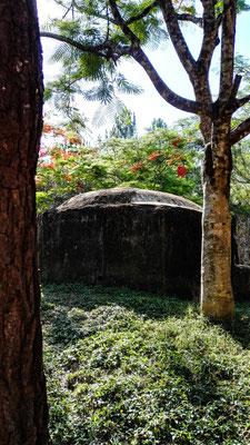 Bunker aus dem Vietnamkrieg auf den Hügel von Hue