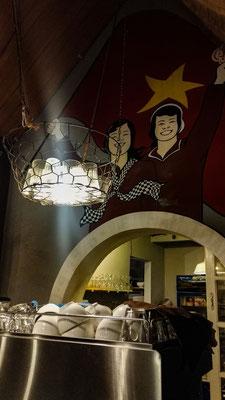 Willkommen in Da Lat, dem Hochlandort. Authentische Wandbemalung im Restaurant