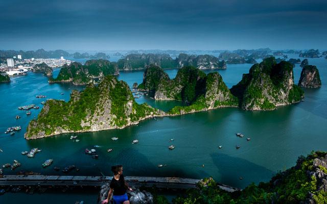 Die Sandsteinfelsen in Ha Long Bucht