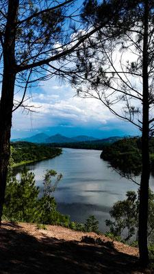 Von diesen Hügeln hat man einen wunderschönen Ausblick auf den Parfum Fluss