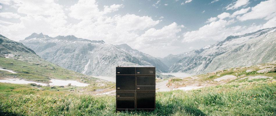 Küche zum stehen mit Blick über die Alpen