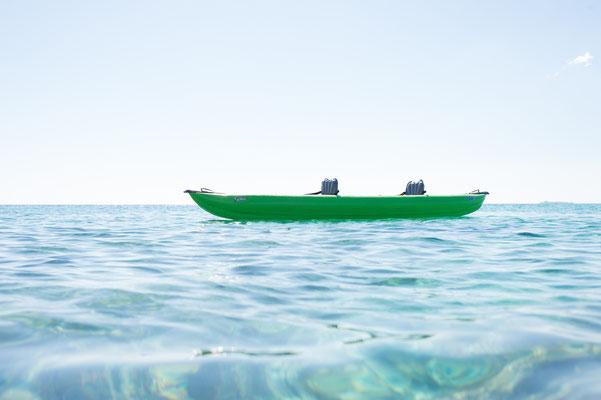 Paddeln mit dem Gumotex Schlauchboot in Meeresbuchten bei kleinen Wellen macht viel Sapß